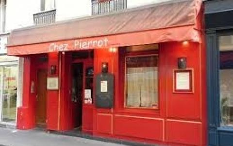 Chez Pierrot !!! You will never forget a New Year's Eve in Paris !