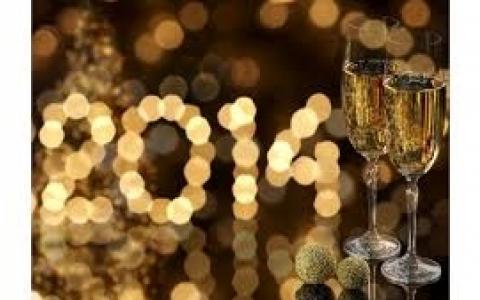 L' Hotel de la Motte Picquet vous propose un dîner croisière Inoubliable pour le Réveillon du Nouvel An à Paris!