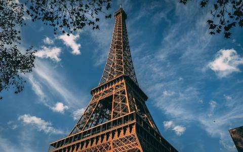 COVID-19 : Everything You Need To Know About The Situation In Paris