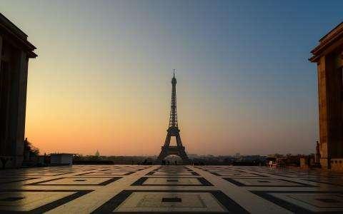 France Imposes a 4-Week Lockdown for November
