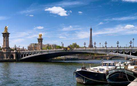 Tourism in Paris in the Age of Deconfinement