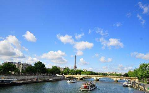5 Things to do in Paris in July