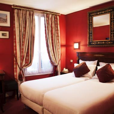 Hôtel La Motte Picquet - Double / Twin Room
