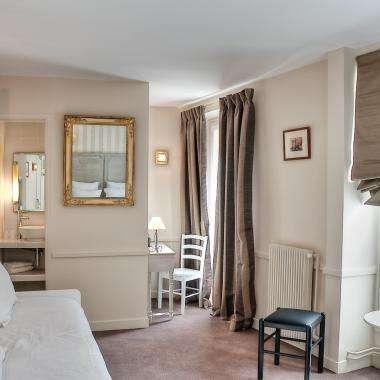 Hôtel La Motte Picquet - Suite